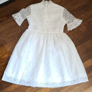 Vintage 80's Hollywood Girls White Lace Dress